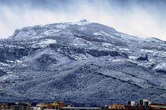 #sucedió_hace_mucho_tiempo #la_morada_de_los_dragones #happened_several_time_ago #the_abode_of_dragons #invierno #winter #llegaelinvierno #winteriscoming #lamola #parcnaturaldesantllorençdelmunt #sabadell #barcelona #paisaje #landscape #natureshots #naturelovers #naturelife #freelife #freelifestyle #buenasvibraciones #goodvibes #leyendas #legends #gypsysoul #nikon