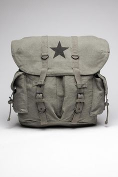 Rothco Vintage Weekender Backpack with Star. Inspiration for male bag.I want a bag like this...