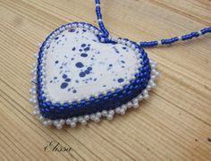 Necklace with ceramic cabochon