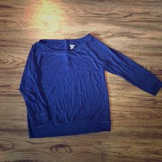 Aerie 3/4 Sleeves Lightweight Navy Blue Sweater Round neck, lightweight sweater with three rhinestone buttons on the back. aerie Sweaters Crew & Scoop Necks