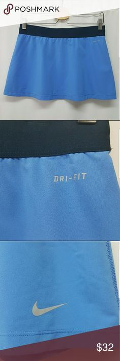 Nike Dri-Fit Active Skirt Medium In excellent condition.  Blue dri-fit active skirt by Nike.  Size medium.   Nike Dri-Fit Dry-Fit Active Wear Running Skirt Tennis Skirt Nike Skirts