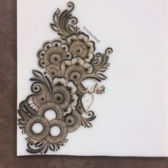 Quick little doodle today. I haven't done henna in forever! Quick little doodle today. I haven't done henna in forever! Caroline Seymour Henna Quick little doodle today Henna Hand Designs, Henna Tattoo Designs, Henna Designs On Paper, Round Mehndi Design, Mehndi Designs Finger, Latest Arabic Mehndi Designs, Floral Henna Designs, Beginner Henna Designs, Mehndi Designs Book