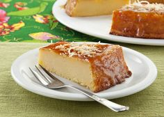 Bolo de cupuaçu Food Cakes, Sweet Recipes, Cake Recipes, Cupuacu, Nutella, Banana Bread, Delicious Desserts, Cheesecake, Deserts