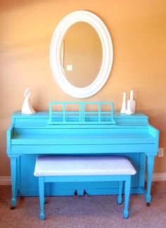 Love the colour. Not sure if I'd be brave enough to paint the piano we have though.