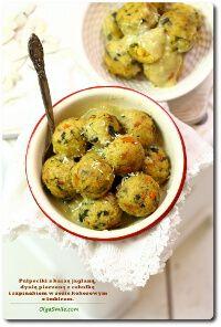 Pulpeciki z kaszą jaglaną, dynią pieczoną z karmelizowaną cebulką i szpinakiem w sosie kokosowym z imbirem Olgi Smile
