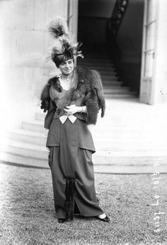 Parisian Haute Couture in the Early 1900s