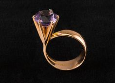 Elis Kauppi for Kupittaan Kulta, vintage 14k gold and amethyst ring, 1960´s.