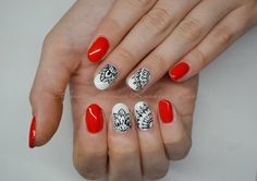 We love this combination, not only because we are Poles :-p This floral pattern is amazing! Nails by Stylizacja paznokci Karolina Kaczor