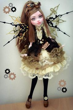 Monster High Custom OOAK Customized Doll Steampunk: Source by irempeksaylr Monster High Doll Clothes, Custom Monster High Dolls, Monster Dolls, Custom Dolls, Monster High Repaint, Pretty Dolls, Beautiful Dolls, Steampunk Dolls, Ever After Dolls