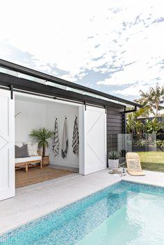 Small Backyard Pools, Swimming Pools Backyard, Backyard Pool Designs, Small Pool Houses, Pool House Designs, Beach Houses, Backyard Ideas, Modern Pool House, Modern Pools