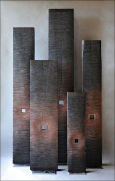 Colonnes noires et rouges 80 à 180 cm----http://benoitaverly.com/gallery/sculptures/