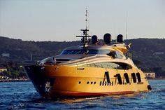 Family Vacations Aboard a Cruise Ship Royal Cruise, Yacht Fashion, Sea Sports, Boating Holidays, Yacht Party, Super Yachts, Kayaking, Vacation, Ship