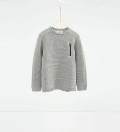 Image 1 de Pull avec fermeture zippée gommée de Zara