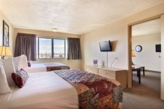 This hotel is less than 15 minutes' drive from Cliff's Amusement Park and the Albuquerque International Sunport. It features a continental breakfast, and an outdoor swimming pool. #bestworldhotels #travel #us #albuquerque