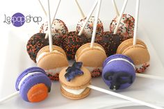 Shop for on Etsy, the place to express your creativity through the buying and selling of handmade and vintage goods. Macaron Cake, Macarons, Le Pop, Chocolate Cake Pops, Meringue, Halloween Diy, Vanilla, Pumpkin, Handmade Gifts