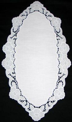 Advanced Embroidery Designs - Cutwork Lace Primrose Border