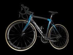 #TeamSky | New cobbled bike launched #Pinarello