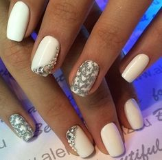 Beautiful new year's nail, Christmas shellac, Cool nails, December nails, Elegant nails, Festive nails, January nails, Milky nails