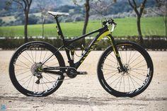 Alban Lakata Bike Check Canyon Lux CF 1
