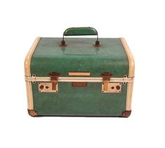 Train Case Luggage Vintage 1950s Penneys by purevintageclothing, $38.00