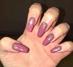 #coffinnails #gelnails #glitternails #acrylic #ombre #roseyposey #frenchpress