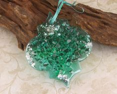 Handmade Beaded Jewelry, Handmade Jewelry Designs, Jewelry Art, Jewelry Gifts, Minimiser Bra, Lampwork Beads, Christmas Ornaments, Gemstones, Handmade Gifts