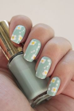 Nail art: Madeliefje   iOnTrend