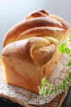 写真 Cooking Bread, Bread Baking, Bread Recipes, Cooking Recipes, Honey Toast, Homemade Sweets, Bread Bun, Cafe Food, Better Life