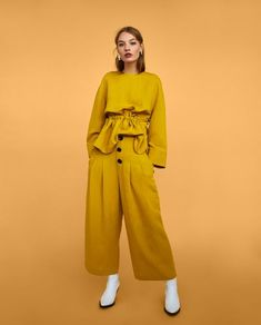 Co-Ord sets-woman zara united states x in 2019 одежда, брюки Cute Comfy Outfits, Casual Outfits, Fashion Outfits, Womens Fashion, Trousers Women, Pants For Women, Clothes For Women, Women's Trousers, Online Zara