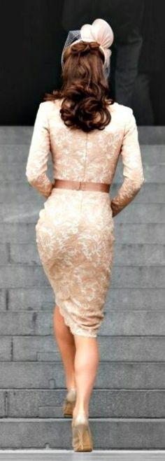 Looks Kate Middleton, Estilo Kate Middleton, Pippa Middleton Style, Beautiful Dresses, Nice Dresses, Gorgeous Dress, Gorgeous Hair, Pantyhosed Legs, Cream Outfits