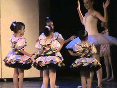 Apresentação de Ballet de Laís 2012 - Boneca Copélia