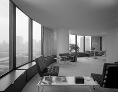 A historical photograph of an original apartment in Lake Point Tower, designed by architects George Schipporeit and John Heinrich
