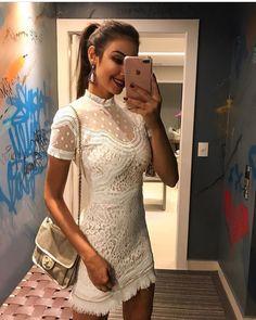 """888 curtidas, 114 comentários - Desnude (@desnude) no Instagram: """"#repost da linda @raizamarinari com vestido total white do nosso lançamento #desnude #moda…"""""""