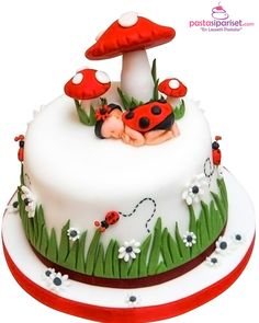 Backen Babyparty-Kuchen The Art Of Landscaping Your Garden Landscaping is the one gardening endeavor Baby Shower Pasta, Baby Shower Cakes, Shower Baby, Baby Shower Cake Designs, Baby Showers, Pretty Cakes, Cute Cakes, Fondant Cakes, Cupcake Cakes