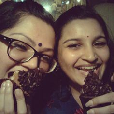 Me and my best friend eating #cupcakes from LSD - Love Sugar & Dough