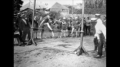La journée des athlètes féminines se déroule au stade Brancion de Paris. Thérèse…