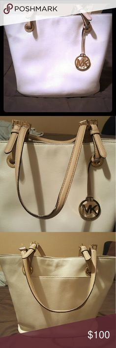 Michael Kors Purse Clean, leather purse by Michael Kors. Plenty of space and compartments inside. Gently used, but outside looks brand new! MICHAEL Michael Kors Bags Shoulder Bags