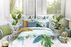 Hand painted in-house exclusively for #bedbathntable, this stunning watercolour print will add a tropical punch to any bedroom