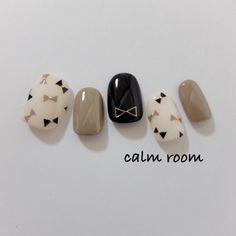 シックな秋にお似合い♡『スモーキーネイル』の人気ネイルデザイン集 - Yahoo! BEAUTY Fancy Nails, Pretty Nails, Aloha Nails, Kawaii Nails, Japanese Nails, Manicure E Pedicure, Cute Nail Art, Cute Nail Designs, Simple Nails