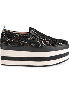 Gucci zapatillas de plataforma con encaje Zapatos Gucci a022250deed