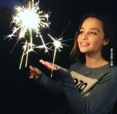 Emilia Clarke cute af