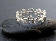 Oak leaf ring leaf eternity ring silver lace silver by CrazyAssJD