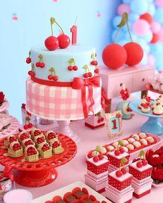 Fruit Birthday, Picnic Birthday, First Birthday Parties, Birthday Cake, Bolo Picnic, Picnic Cake, Cherry Baby, Fruit Party, Happy Party