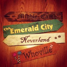 More wooden pallet signs I made