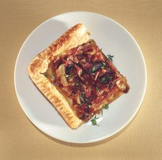 Honey-Roasted Onion Tart :: easter pascha side