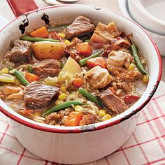 This versatile Southern dish has many different interpretations. Here we use a combination of smoked bacon, Italian pork sausage, beef chuck steak, Beef Chuck Steaks, Chuck Steak Recipes, Food Dishes, Main Dishes, Soup Recipes, Cooking Recipes, Entree Recipes, Oven Recipes, Keto Recipes