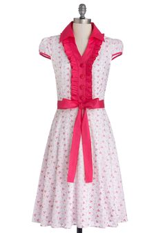 About the Artist Dress in Pink Petals. Currently one of the country's most respected young talents, this delightful white dress grew up dreaming about one day becoming a world-renowned icon.  #modcloth