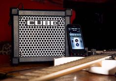 MICRO CUBE GX (Black): Guitar Amplifier - The small amp with a big reputation. http://www.roland.co.uk/products/productdetails.aspx?p=1286