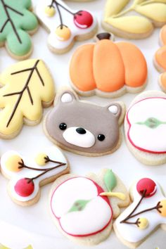 Top 7 Tips for Decorating Mini Cookies. These are sugar cookies decorated with royal icing, using the American Crafts & Sweet Sugarbelle Autumn Mini Cutters. Fall Cookies, Mini Cookies, Cut Out Cookies, Cute Cookies, Cupcake Cookies, Yummy Cookies, Cut Out Cookie Recipe, Sugar Cookies Recipe, Mini Cookie Cutters