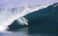 Andy Irons Surfing Cloudbreak